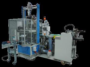 Foto di macchinario della linea EP100, presentata nel 2003 dalla ditta Europrogetti per la realizzazione di scatole rivestite